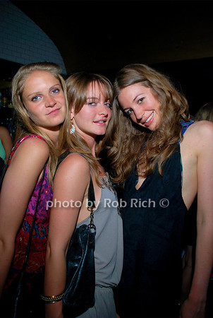 Brooke Rosenstadt, Jess Gabay, Lindsey Cropea photo by Rob Rich © 2008 516-676-3939 robwayne1@aol.com