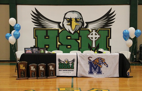 Olivia Johnson Signs with Memphis