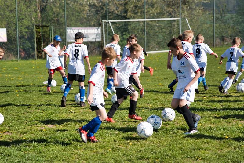 hsv-fussballschule---wochendendcamp-hannm-am-22-und-23042019-c-14_32787652207_o.jpg