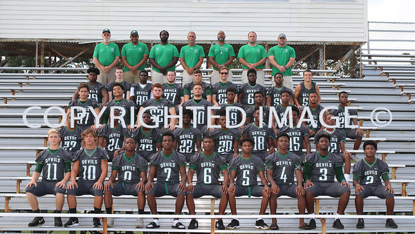 VARSITY FOOTBALL TEAM PICS