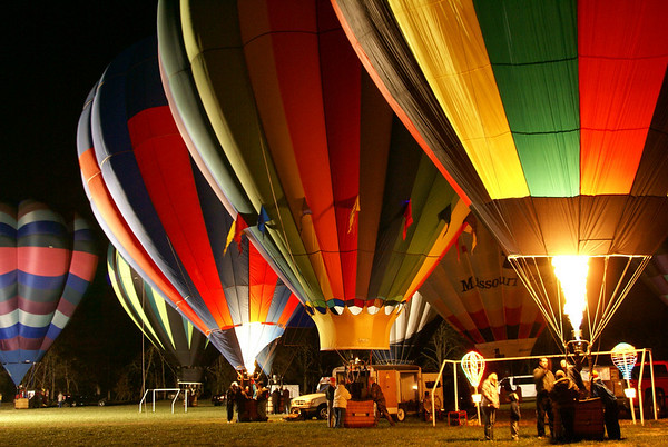 Hot Air Balloon Glow, Ozark Park Nov 22, 08