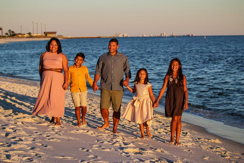 Carmona Family 11.3.18 (91 of 173).jpg
