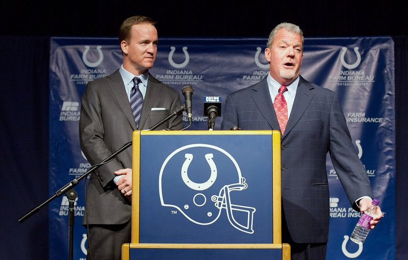 """. <p>6. JIM IRSAY <p>In this family, the jackass didn�t fall far from the tree. (unranked) <p><b><a href=\'http://www.cbssports.com/nfl/eye-on-football/24092285/tony-dungy-thinks-irsay-was-trying-provoke-manning-favre-weighs-in\' target=\""""_blank\""""> HUH?</a></b> <p>    (Joey Foley/Getty Images)"""
