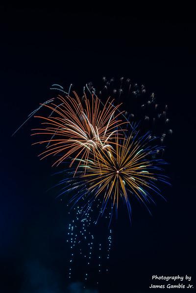 Fireworks-2017-6272.jpg