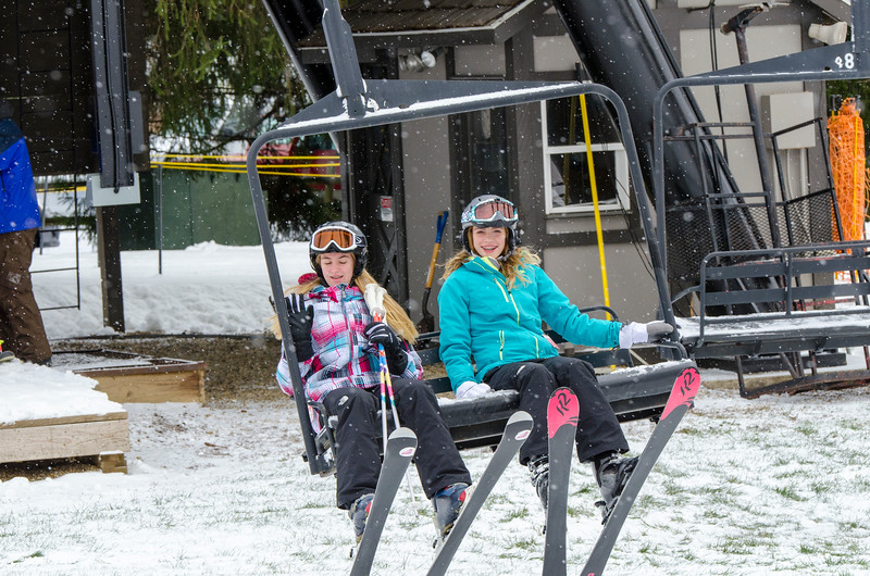 Opening-Day-Slopes-2014_Snow-Trails-70831.jpg