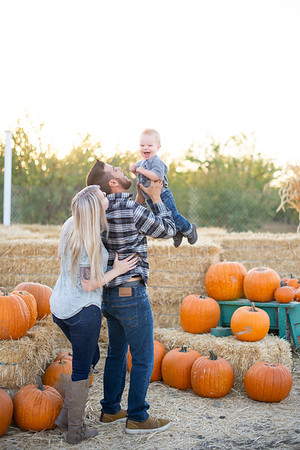 Katee Pumpkin Patch Family Session