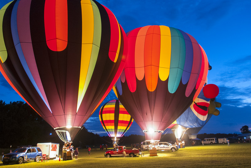 Hot Air Balloon Glow 2016.jpg