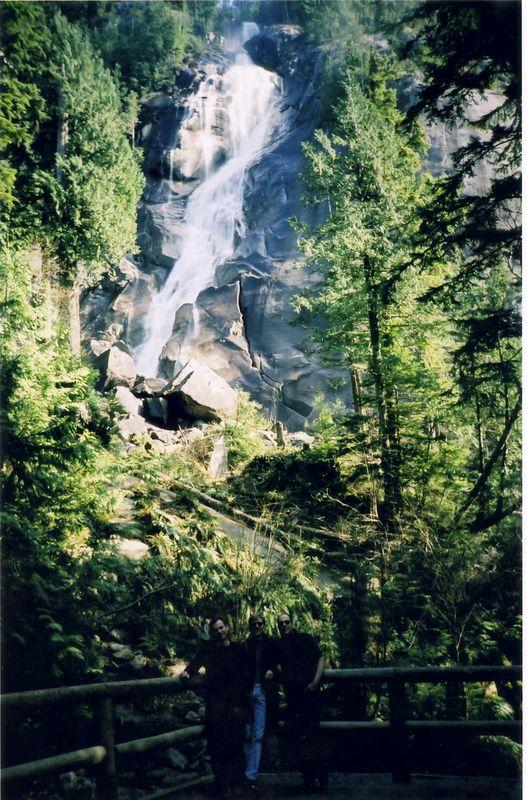 shannon_falls.jpg