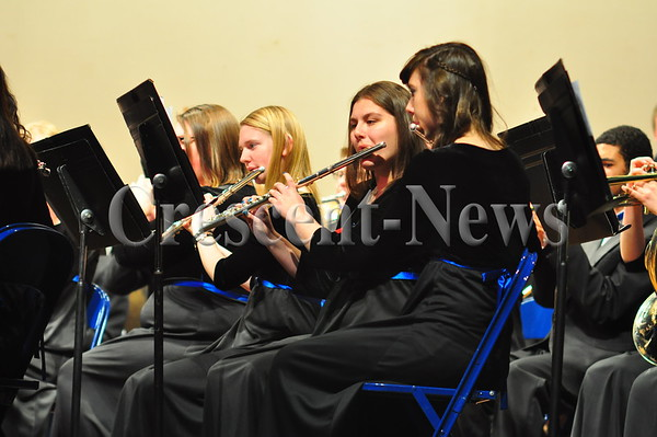 02-24-15 NEWS DHS Winter Band Concert