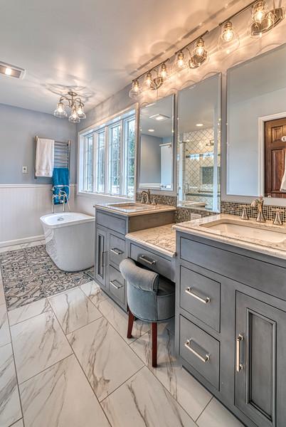 Hively Bathroom 2-2019