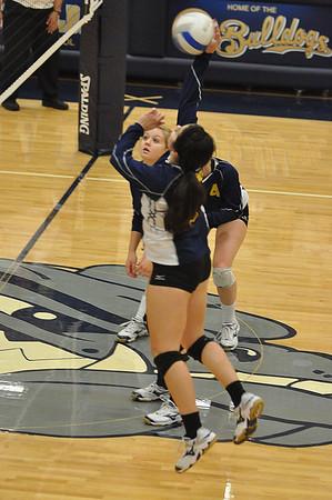 Bend vs WA High School Playoff Volleyball