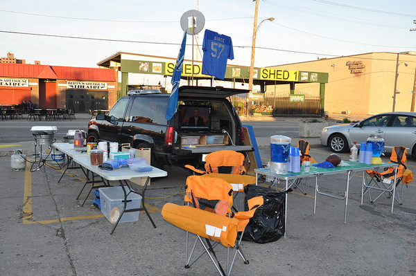 lions tailgate 91811