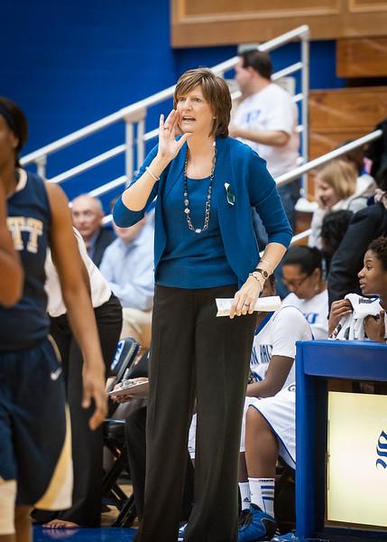 Seton Hall head coach Anne Donovan.