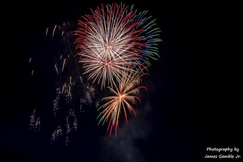 Fourth-of-July-Fireworks-2016-0346.jpg