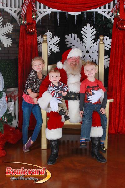 Santa 12-17-16-103.jpg