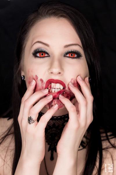 2015 Vampire Alexa(6).jpg