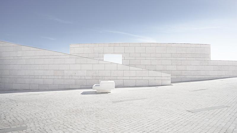 Modern bulding Lisboa (246)-Editar-2.jpg