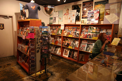 Outwrite Book Store