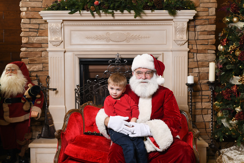 Santa2018.TylerBoye.-130.jpg