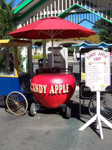 The new apple-themed Candy Apple cart.