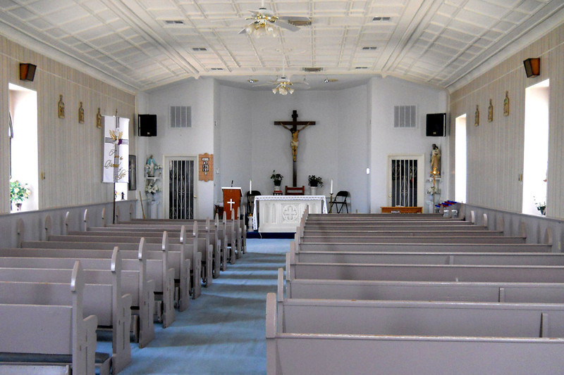 ST MARY CATHOLIC CHURCH Marathon, Texas  I was allowed access into the church by the cleaning lady, who also granted me privacy.