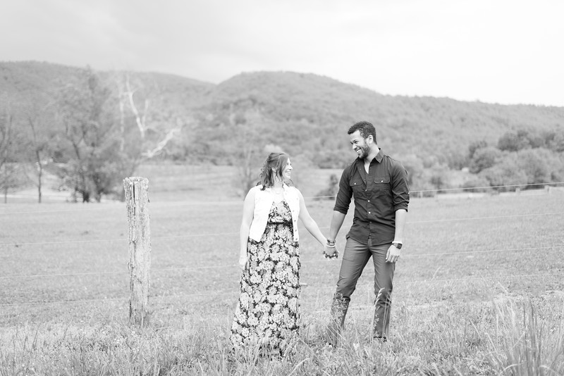 Brandi_Chris_ENGAGED-038.jpg