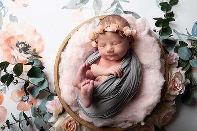 Maggie {Newborn}