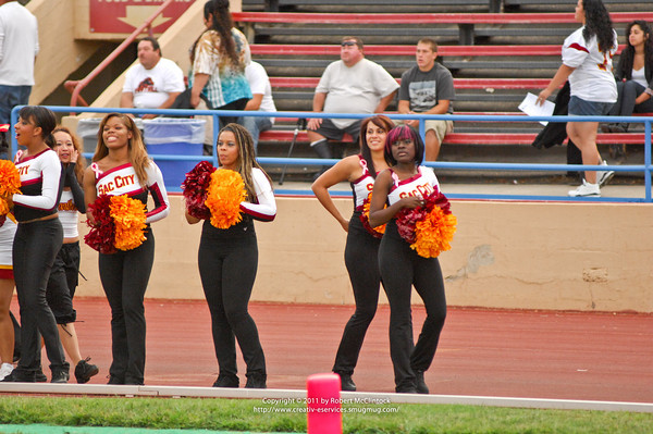 Fresno College: Cheer -- 10/01/11
