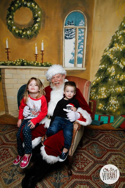 Pictures with Santa @Earthbound 12.1.2018-102.jpg