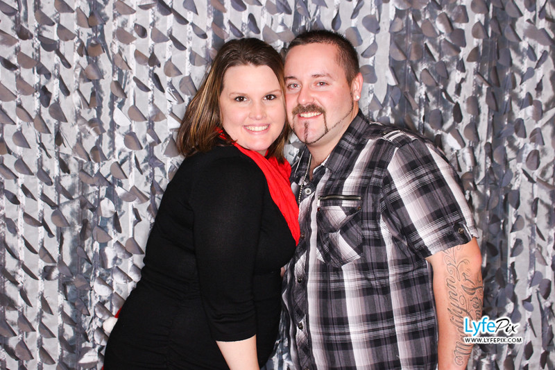 red-hawk-2017-holiday-party-beltsville-maryland-sheraton-photo-booth-0216.jpg