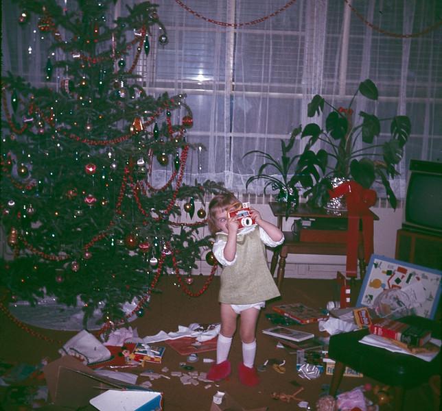 1969 12 Christmas 21.jpg