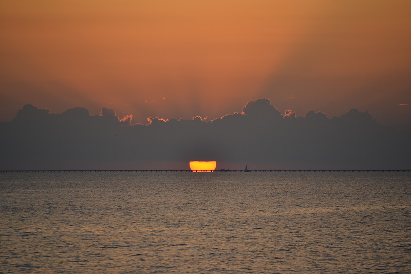 006-lake-pontchartrain-sunset_14094365870_o.jpg