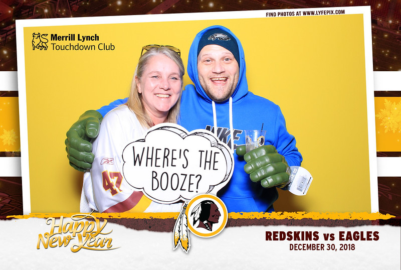 washington-redskins-philadelphia-eagles-touchdown-fedex-photo-booth-20181230-170427.jpg