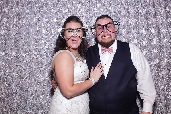 Mooseys Getting Married