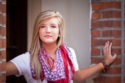 Shelby C - Helias Senior - Jefferson City, MO Senior Photographer