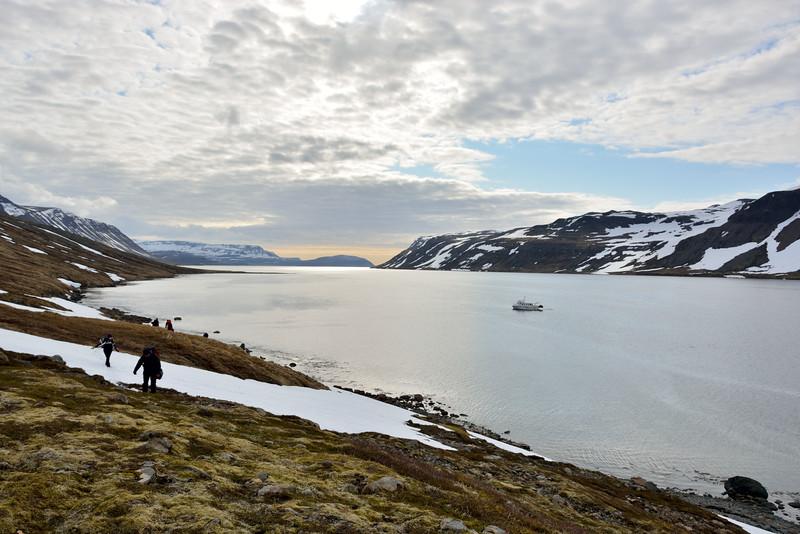 Horft út Hrafnsfjörð