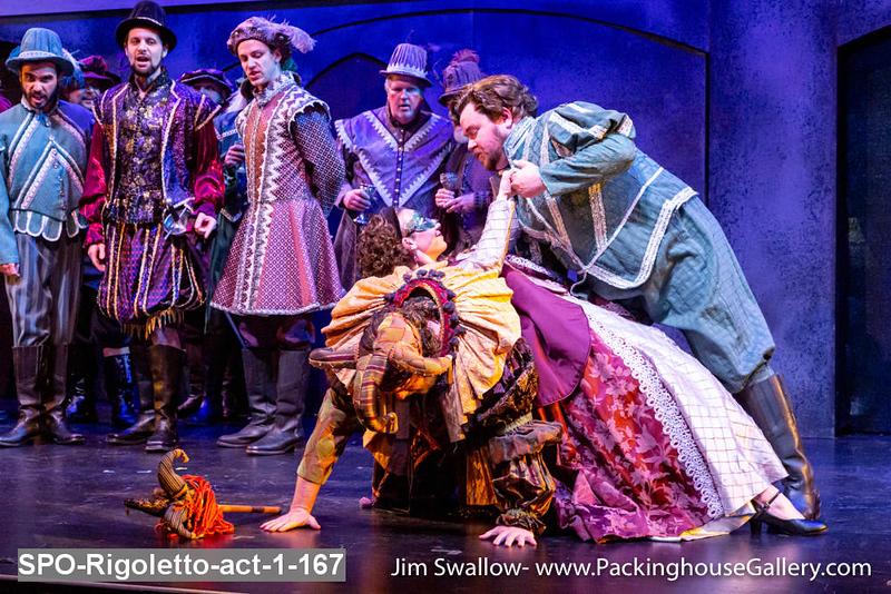 SPO-Rigoletto-act-1-167.jpg