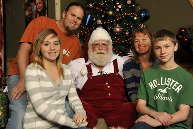 Santa Photos Wed noon to 2:30pm