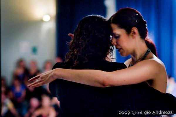Milonga del 2 Dicembre 2009 -  Luis Méndez y Gabriela González – Musicalizador Vassily