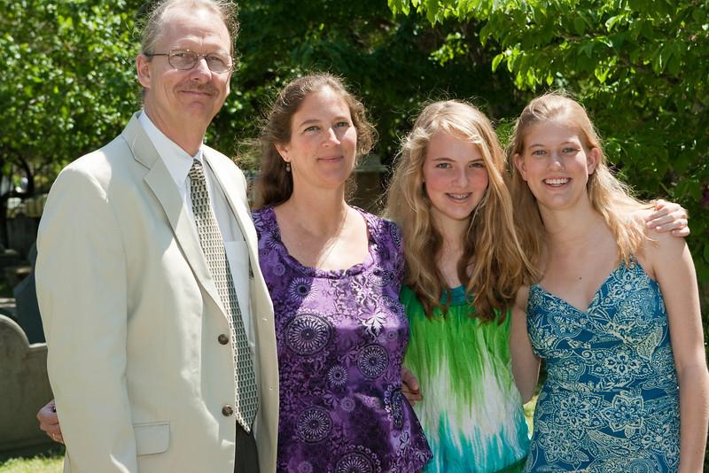Jos family.
