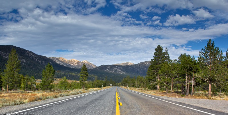 Carson Pass Highway in Hope Valley