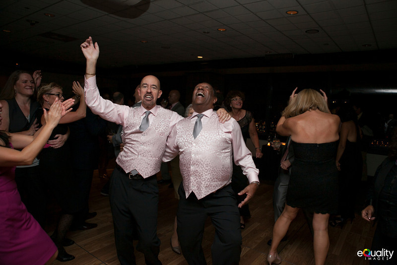 Michael_Ron_8 Dancing & Party_139_0758.jpg