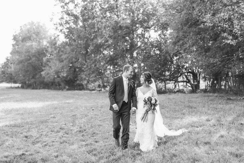 293_Aaron+Haden_WeddingBW.jpg