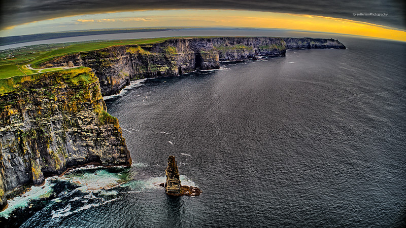 Cliffs of Moher lg 3.jpg