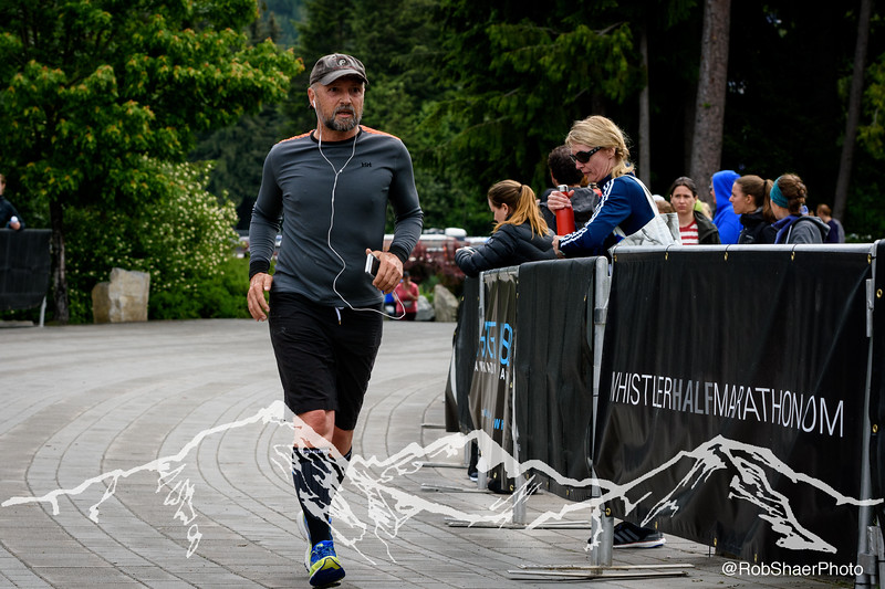 2018 SR WHM Finish Line-2366.jpg
