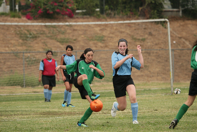 Soccer2011-09-10 09-09-58.JPG