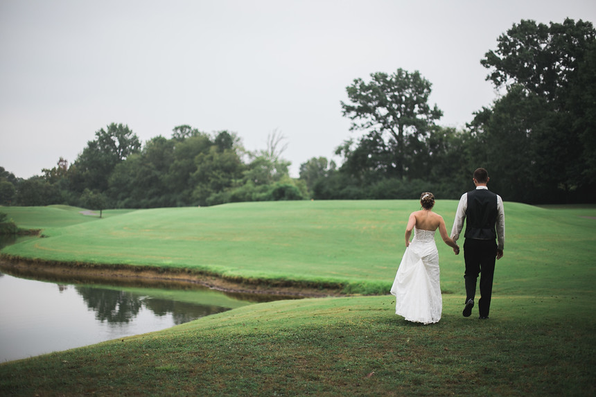 bride and groom golf course