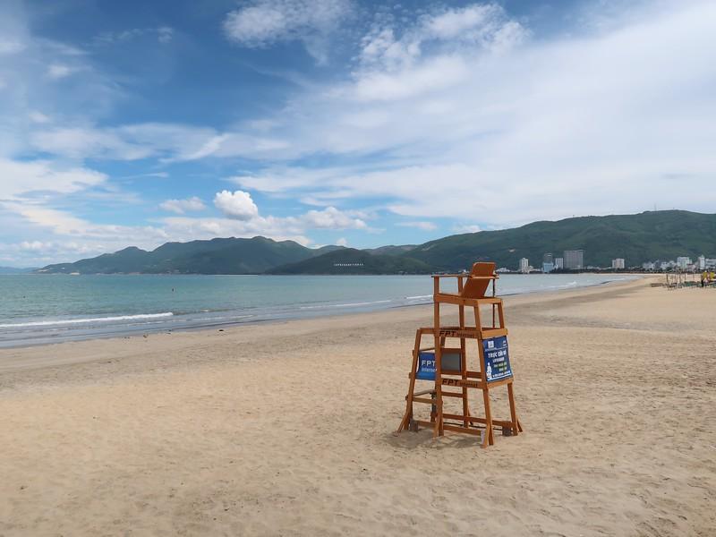 IMG_1435-lifeguard-chair.jpg