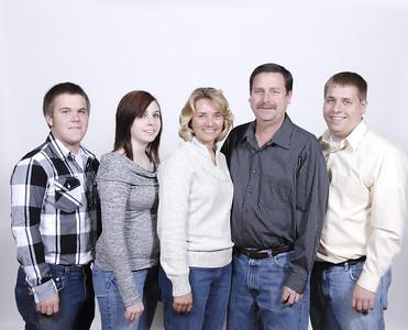 Brandi and Derek's Engagement and Box Family
