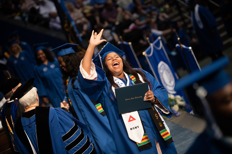 May 11, 2018 commencement -1858.jpg